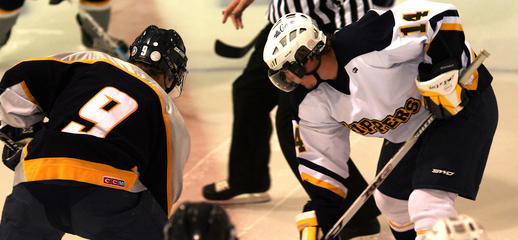 face off at centre ice